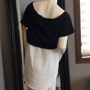 Cute! Can be off the shoulder